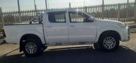 TOYOTA HILUX DOUBLE CAB 4.0 V6 IN EXCELLENT CONDITION