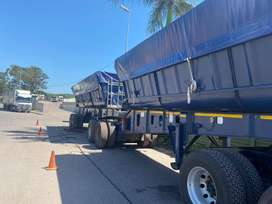 Top trailer side tipper for sale in good condition