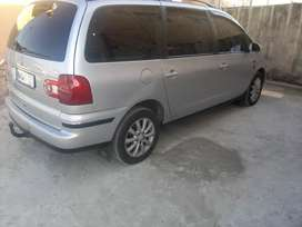 Vw Sharan 1.8 t 2006 model with alarm, central locking
