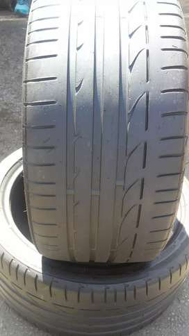 A set of f30 225/40/19 and 255/35/19 Bridgestone Run Flat available