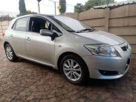 Selling Toyota Auris