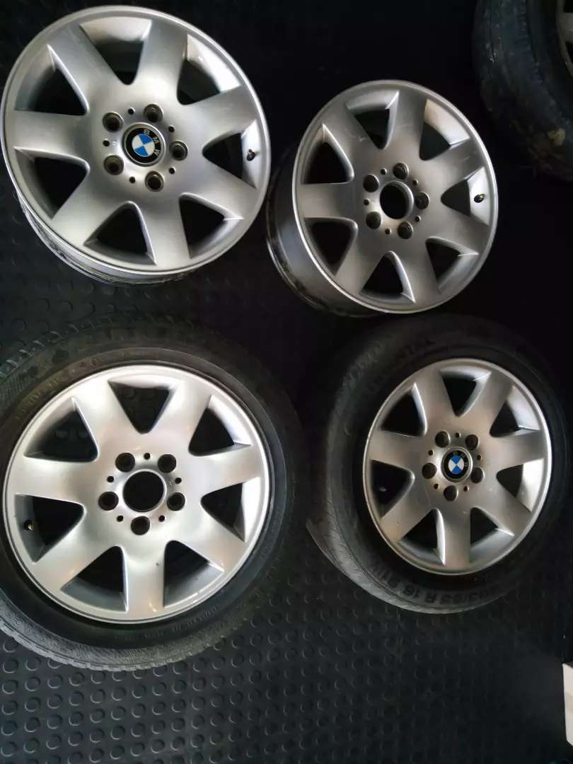 Bmw mags to swop or for sale 0