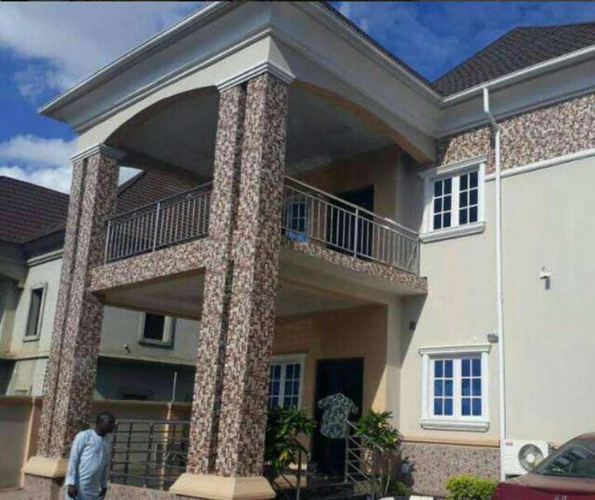 6 bedroom duplex for sale at G 0