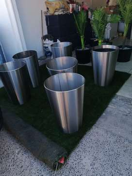 Stainless steel pots after lockdown 600high