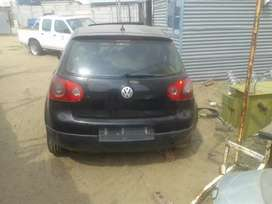 Golf 5 back portion, front and rear suspensions,rear glasses, sunroof