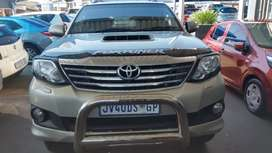 2014 MODEL TOYOTA FORTUNER AUTOMATIC