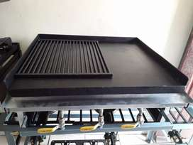 Gas Flat Top Griller with griddle