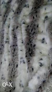 bed/coach fur cover 0