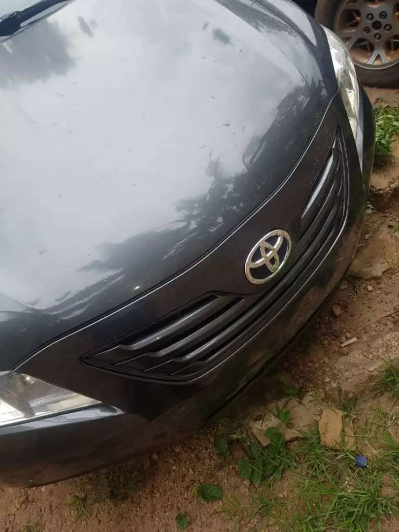 Very clean foreign used Toyota Camry for sale 0