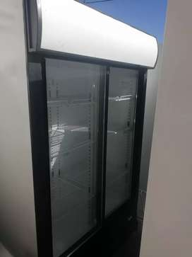 Display fridge for sale size 1140