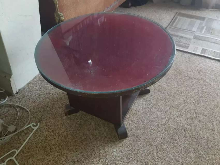 Art deco occasional table with glass top 0