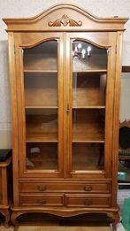 Meble drewniane rzeźbione - salon