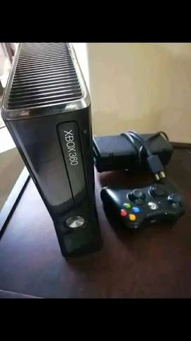 Xbox 360 good condition first hand