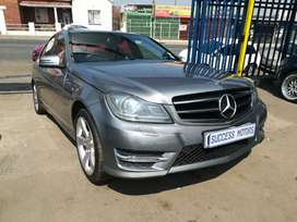 2013 Mercedes Benz C300 V6 sport auto with a sunroof