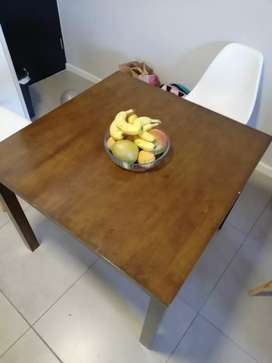 Dining table 4 seater solid wood