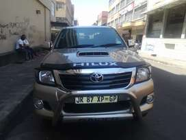 TOYOTA HILUX RAIDER FOR SALE AT VERY LOW PRICE