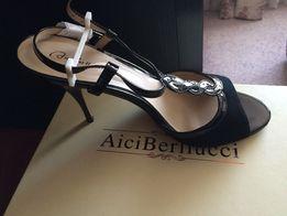 Босоніжки жіночі Босоножки жен AiciBerlucci