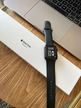 Apple watch series 3 (38mm) Excellent Cond+ box & accessories