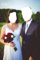 Biała suknia ślubna, rozm. 38-40.