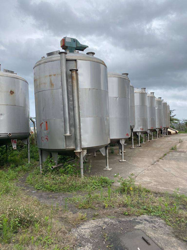 48 x 20000 lt  stainless steel mixing tanks for sale 0