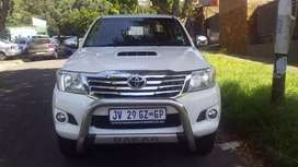 2014 Toyota Hilux Daker 3.0 4x2 Automatic with leather seats