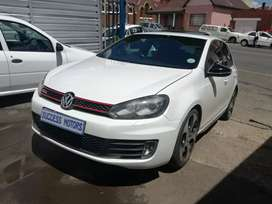 2013  Volkswagen Golf 6 Gti 2.0 Dsg with a sunroof