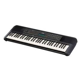 Yamaha PSR-E273 61-Key Keyboard New