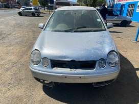 VW POLO STRIPPING FOR SPARES