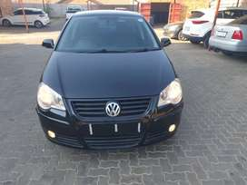 POLO 2.0 HIGHLINE 2005 MODEL IN GOOD CONDITION