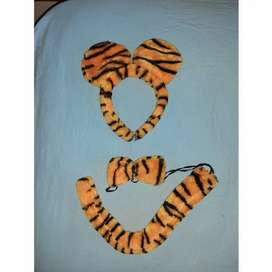 Tiger ears, bowtie and tail