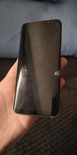 Samsung S8, cracked screen for sale