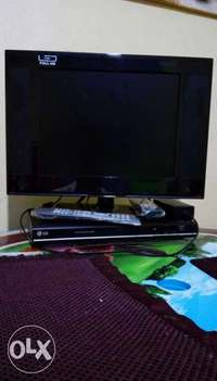 17 inch TV and DVD on quick sale 0
