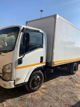 Isuzo truck for sale