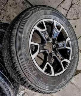 """18"""" Toyota Legend 50 mag with brand new 265/60/18 Dunlop for R3650"""