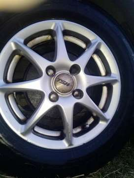 Complete set of rims and tyres + spare wheel size 175/13
