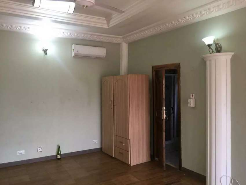 WESTLANDS - Executive Single room Self contained 0