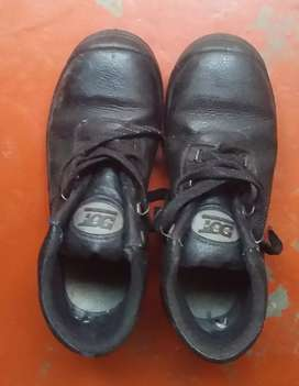 DOT safety boots for sale size 6