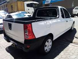 Nissan P200 1.6 R 80,000  negotiable
