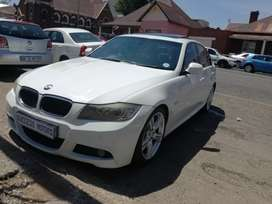 2010 BMW 323i Automatic with a sunroof