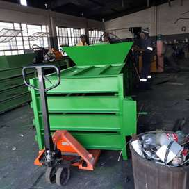 Bailing machines and welding