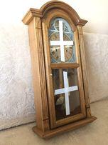 Stylowy drewniany zegar wiszący nakręcany, bijący