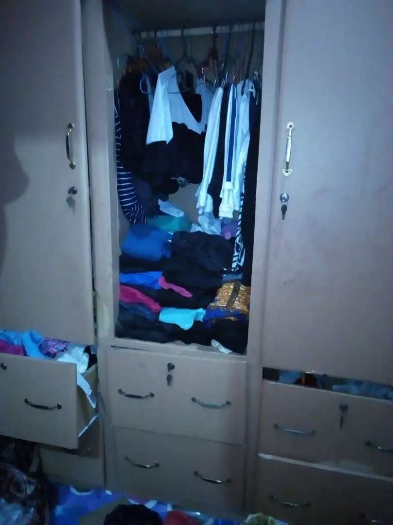 3in1 wardrobe with 6 drawers 0