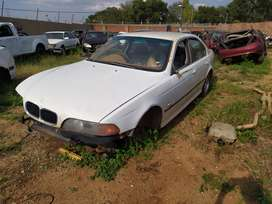 1999 BMW 523I E39 STRIPPING AS SPARES