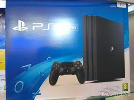 Продам Play Station4 PRO