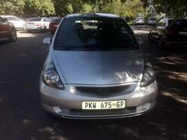 Am selling my Hondan jazz 1.4