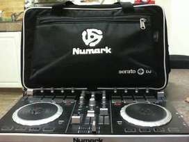 numark dj controller with bag