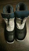 Срочно ботинки лыжные и коньки ТОРГ