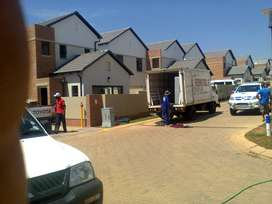 Move for Less R900