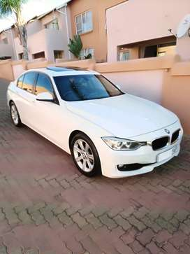 BMW 320d F30 2013.FSH 8 Speed Auto Gearbox Sport+ comfort or Eco