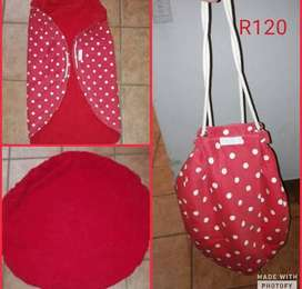 Red toy carry and play bag